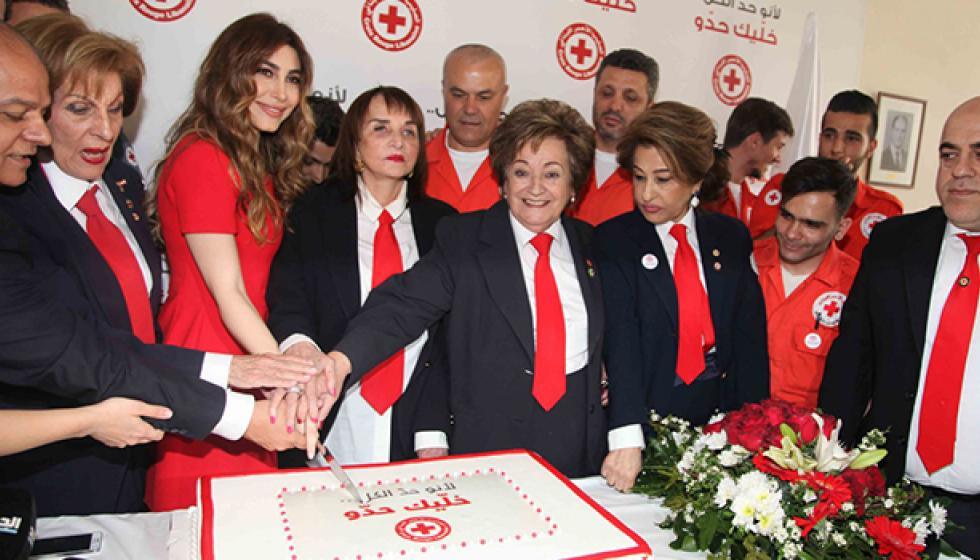 يارا سفيرة الصليب الأحمر اللبناني للقيم الإنسانية